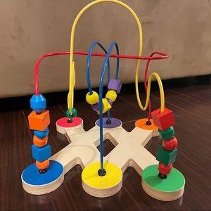 Melissa & Doug toy bead puzzle